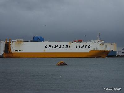 GRANDE EUROPA Passing SPLENDID ACE Southampton PDM 14-01-2015 15-56-19