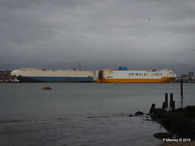 GRANDE EUROPA Passing SPLENDID ACE Southampton PDM 14-01-2015 15-57-07