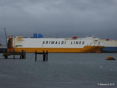 GRANDE EUROPA Passing SPLENDID ACE Southampton PDM 14-01-2015 15-55-57