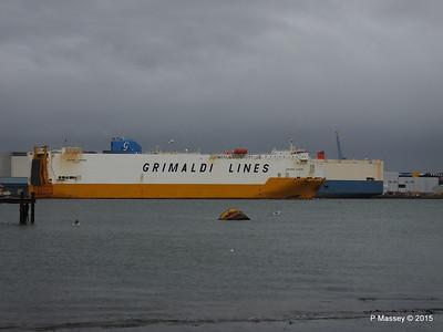 GRANDE EUROPA Passing SPLENDID ACE Southampton PDM 14-01-2015 15-56-13
