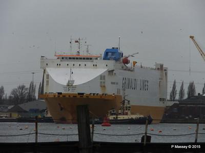 GRANDE EUROPA Departing Southampton PDM 14-01-2015 15-48-58