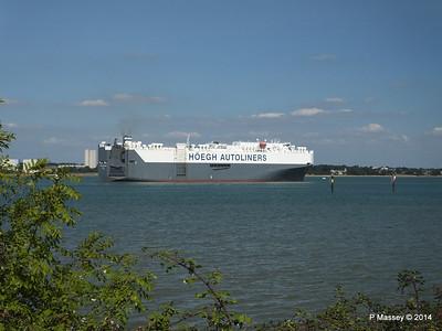 HOEGH TREASURE Departing Southampton PDM 22-07-2014 16-32-06