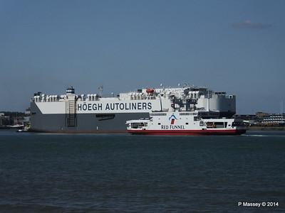 HOEGH TREASURE RED EAGLE Southampton PDM 22-07-2014 16-25-52
