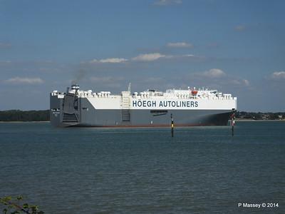 HOEGH TREASURE Departing Southampton PDM 22-07-2014 16-32-31