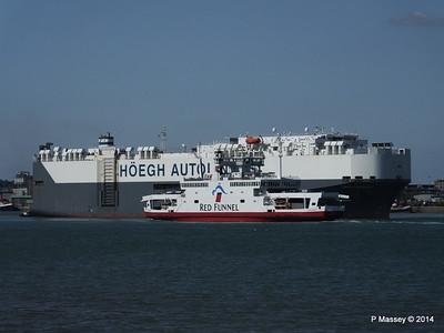 HOEGH TREASURE RED EAGLE Southampton PDM 22-07-2014 16-26-00