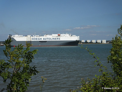 HOEGH TREASURE Departing Southampton PDM 22-07-2014 16-30-35