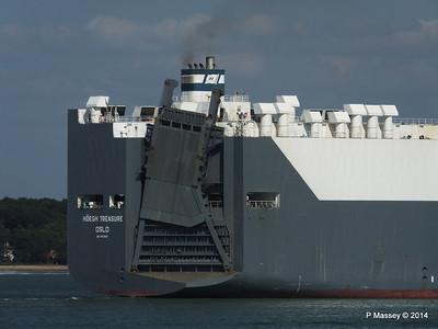 HOEGH TREASURE Departing Southampton PDM 22-07-2014 16-32-40