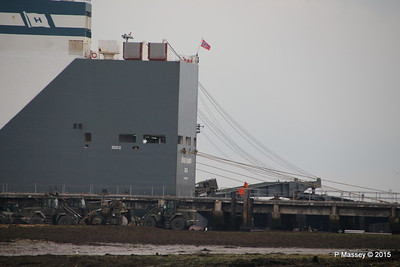 HOEGH XIAMEN Loading Army Vehicles RLC Marchwood PDM 10-10-2015 17-23-09