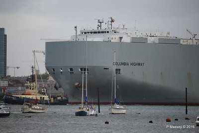 COLUMBIA HIGHWAY Moving Berths 35 - 104 Southampton PDM 20-08-2016 18-58-56