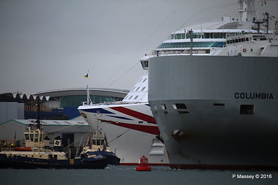 COLUMBIA HIGHWAY Passing BRITANNIA Southampton PDM 20-08-2016 19-01-16