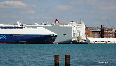 NEPTUNE DYNAMIS Passing EURASIAN HIGHWAY Southampton PDM 25-05-2017 12-16-40