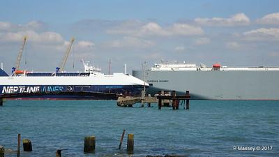 NEPTUNE DYNAMIS Passing EURASIAN HIGHWAY Southampton PDM 25-05-2017 12-15-59