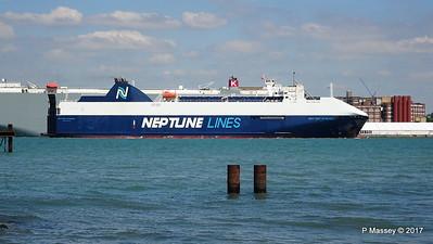 NEPTUNE DYNAMIS Departing Southampton PDM 25-05-2017 12-17-00