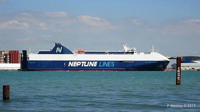 NEPTUNE DYNAMIS Departing Southampton PDM 25-05-2017 12-17-56
