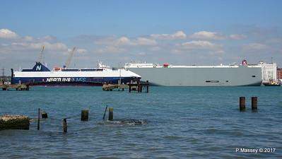 NEPTUNE DYNAMIS Passing EURASIAN HIGHWAY Southampton PDM 25-05-2017 12-16-05