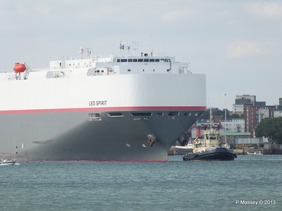 LEO SPIRIT Departs Southampton PDM 10-08-2013 17-39-02