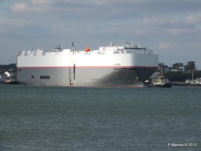 LEO SPIRIT Departs Southampton PDM 10-08-2013 17-39-33