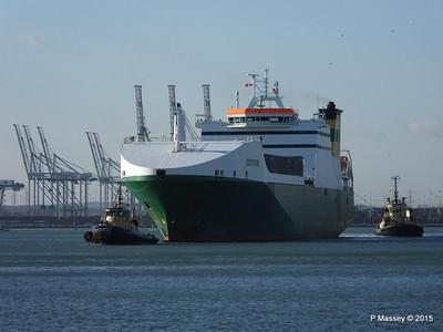 EDDYSTONE moving berths Southampton PDM 06-02-2015 14-49-48