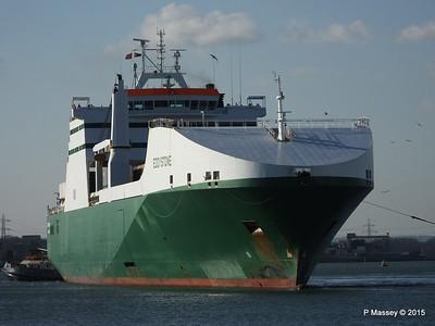 EDDYSTONE moving berths Southampton PDM 06-02-2015 14-53-11