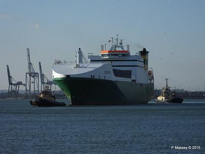 EDDYSTONE moving berths Southampton PDM 06-02-2015 14-50-17