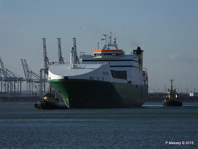 EDDYSTONE moving berths Southampton PDM 06-02-2015 14-49-41