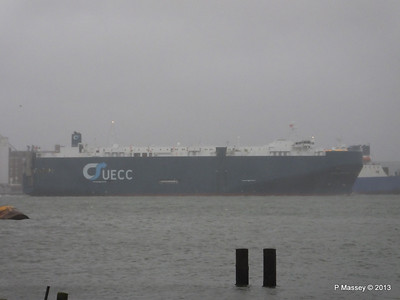Misty AEGEAN BREEZE Departing Southampton PDM 21-12-2013 15-17-22