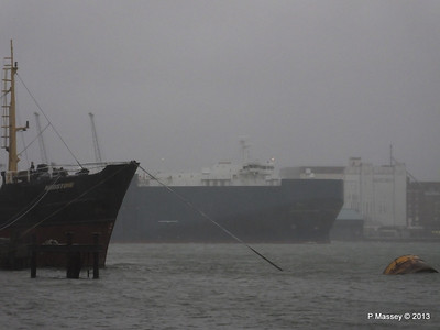 Misty AEGEAN BREEZE Departing Southampton PDM 21-12-2013 15-16-36