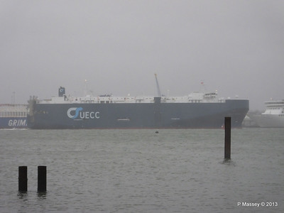 Misty AEGEAN BREEZE Departing Southampton PDM 21-12-2013 15-17-48