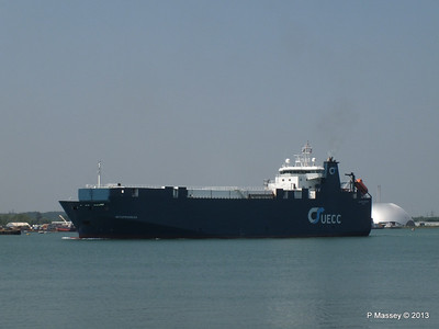 AUTOPROGRESS Departing Southampton PDM 06-06-2013 12-05-42