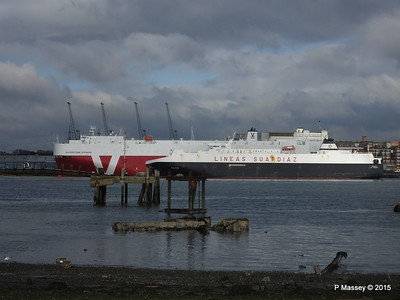 GALICIA Passing SILVERSTONE EXPRESS Southampton PDM 14-02-2015 14-45-54