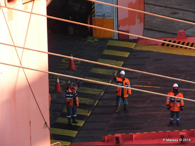 TOSCANA Crew Southampton PDM 14-01-2014 08-40-27