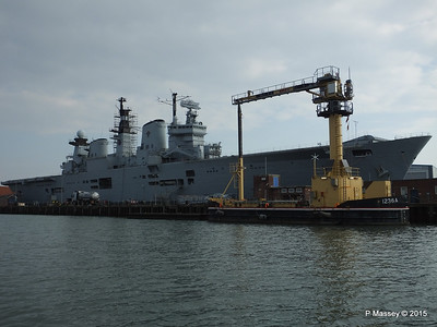 Serco 1236A R06 HMS ILLUSTRIOUS Portsmouth PDM 25-03-2015 15-55-019