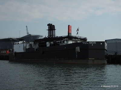 TCL 1905 Tank Cleaning Lighter Portsmouth PDM 25-03-2015 15-54-53