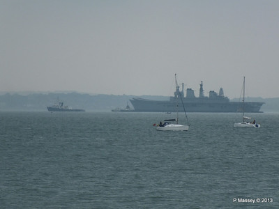 HMS ARK ROYAL CHRISTOS XXIII Handing over tow PDM 20-05-2013 14-24-16