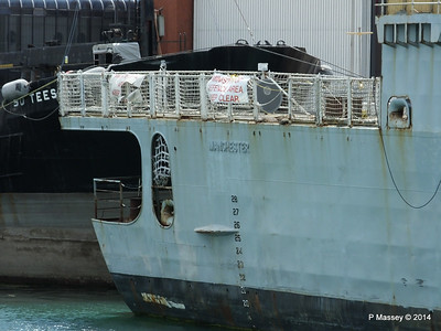 D95 HMS MANCHESTER for scrap Portsmouth PDM 30-06-2014 12-23-53