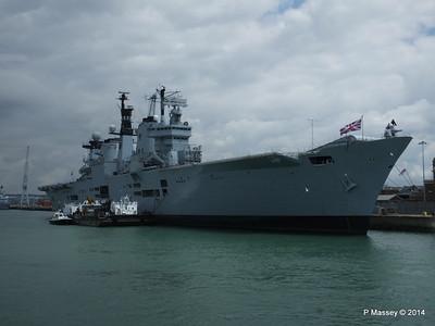 R06 HMS ILLUSTRIOUS Portsmouth PDM 30-06-2014 12-13-08