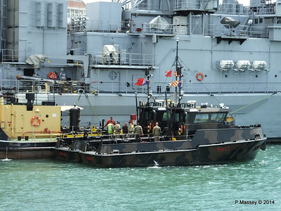 Army Workboats WB44 SIROCCO WB43 MISTRAL 1514F Fuel Lighter Portsmouth PDM 30-06-2014 12-12-54