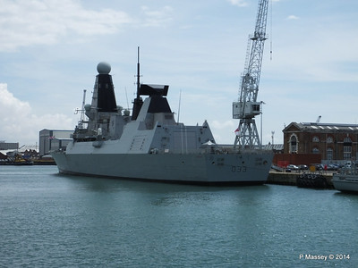 HMS DAUNTLESS Portsmouth PDM 30-06-2014 12-17-03
