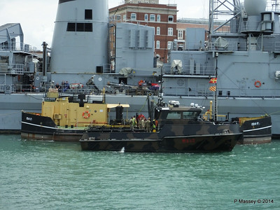 Army Workboats WB44 SIROCCO WB43 MISTRAL 1514F Fuel Lighter Portsmouth PDM 30-06-2014 12-12-45