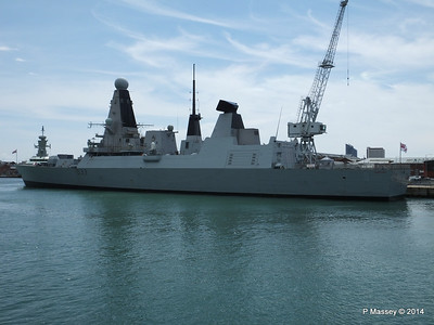 HMS DAUNTLESS Portsmouth PDM 30-06-2014 12-17-45