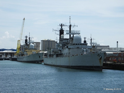 D92 HMS LIVERPOOL D95 HMS MANCHESTER for scrap Portsmouth PDM 30-06-2014 12-22-06