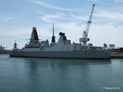 HMS DAUNTLESS Portsmouth PDM 30-06-2014 12-17-42
