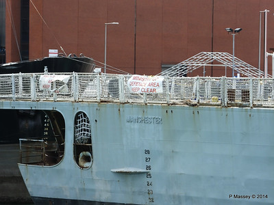 D95 HMS MANCHESTER for scrap Portsmouth PDM 30-06-2014 12-24-01