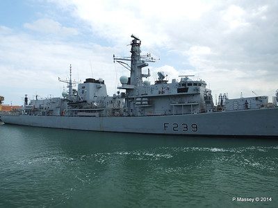F239 HMS RICHMOND Portsmouth PDM 31-05-2014 15-02-09