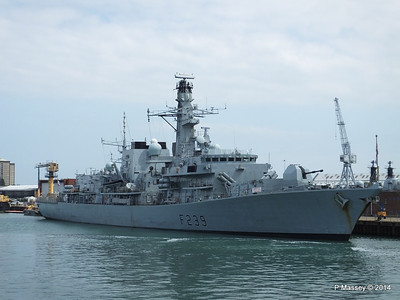 F239 HMS RICHMOND Portsmouth PDM 31-05-2014 15-01-31