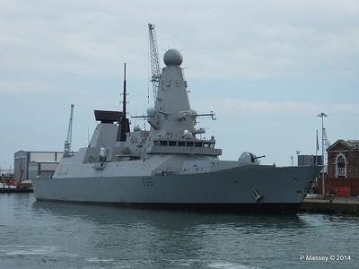 D36 HMS DEFENDER Portsmouth PDM 31-05-2014 14-53-16