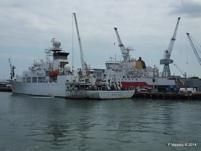 BRUCE C HEEZEN HMS ENDURANCE Portsmouth PDM 31-05-2014 14-57-27