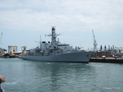 F239 HMS RICHMOND Portsmouth PDM 31-05-2014 15-01-27