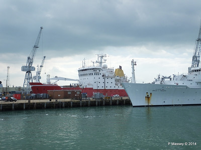 BRUCE C HEEZEN HMS ENDURANCE Portsmouth PDM 31-05-2014 15-01-08