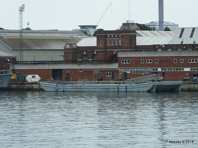 Pontoon Portsmouth PDM 31-05-2014 14-54-39